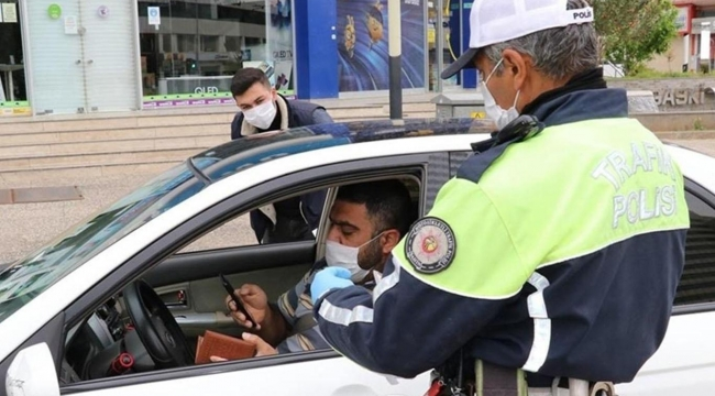 Gaziantep'te sokağa çıkma yasağını ihlal eden binlerce kişiye para cezası verildi