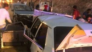 Polis aracının karıştığı kazada 4 kişi hayatını kaybetti