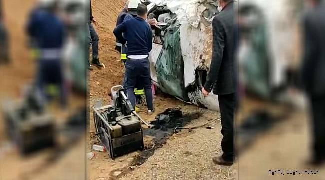 Takla atan otomobilde: 2 ölü 4 yaralı