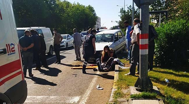 Diyarbakır'da dilenen kadına araba çarptı