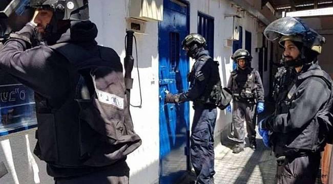 Siyonist işgal rejimi HAMAS yöneticilerinin evlerine baskın düzenliyor