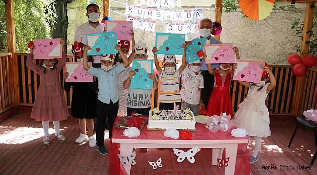 Ağrı'da eğitimlerini tamamlayan 4-6 yaş grubu öğrenciler için kapanış programı düzenlendi