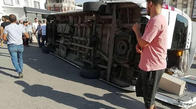 Ağrı'ya gelmekte olan minibüs devrildi: 7 yaralı