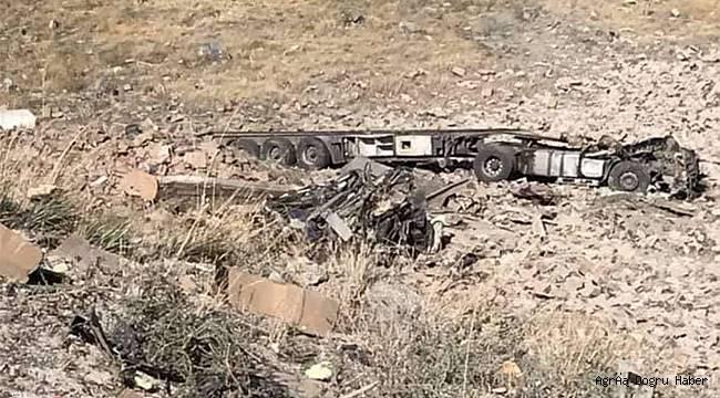 Tendurek'te şarampole yuvarlanan tırın şoförü ve arkadaşı vefat etti